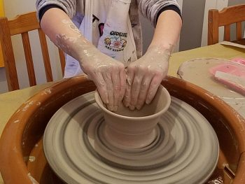 Learn to use the pottery wheel